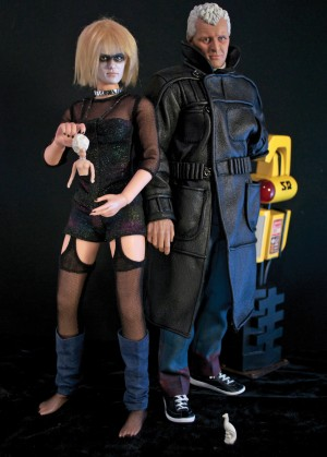 Roy-Batty-and-Pris-action-figures-300x419