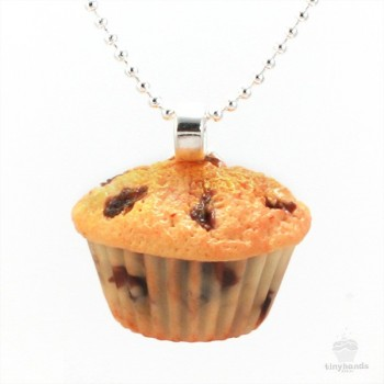 scented-blueberry-muffin-necklace