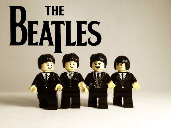 the-beatles-lego